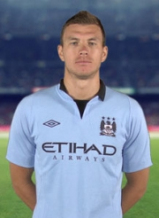 Edin Dzeko Football Wallpapers, Backgrounds and Pictures.